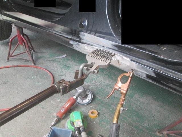 フィットのサイドシル修理