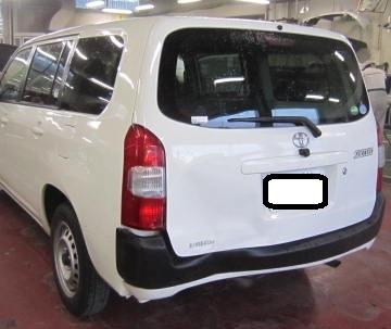 トヨタ サクシード 板金修理